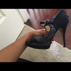 Enzo Angiolini navy blue sparkle peep toe pumps!